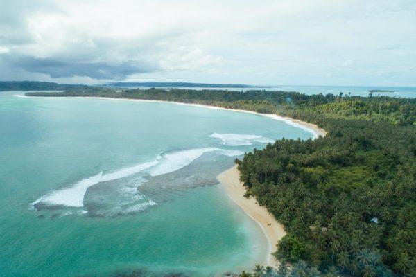 Sabbit-mentawai-surfcamp15